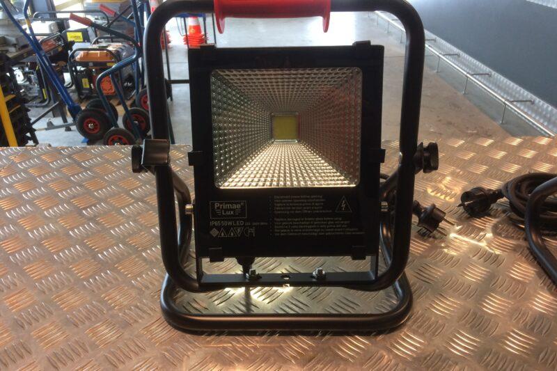 LED lamp 50 W op vloerstatief